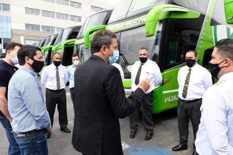 """Sergio Massa: """"Más de 133 mil trabajadores de transporte en todo el país van a dejar de pagar Ganancias"""""""