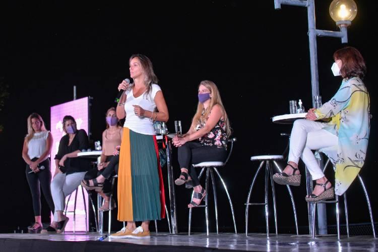 Malena Galmarini encabezó el Encuentro Federal de Mujeres FR en San Fernando