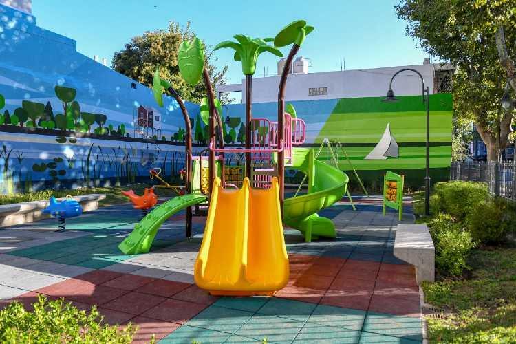 Juan Andreotti inauguró la modernización de la Plaza De los Escritores de San Fernando