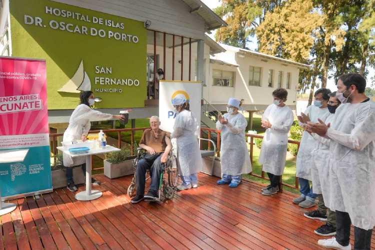 PAMI vacunó adultos mayores en el Hospital de Islas Do Porto de San Fernando