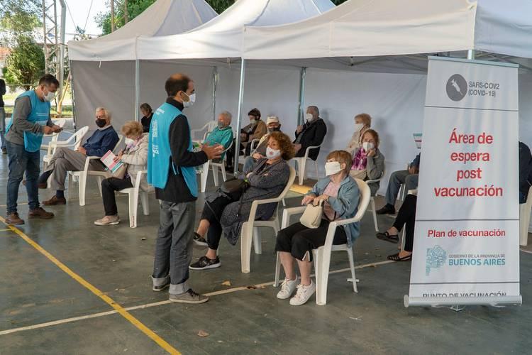 Vacunación Covid-19: En San Isidro piden asistir solo 10 minutos antes del turno