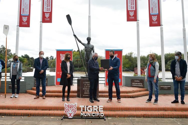 El Municipio de Tigre conmemoró el Día Nacional del Remero junto a atletas locales