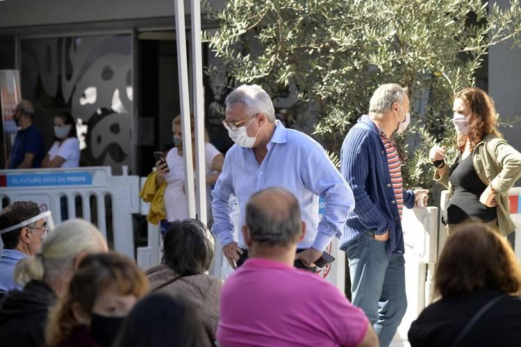 Julio Zamora convocó a los vecinos a reforzar los cuidados ante la segunda ola de Covid-19