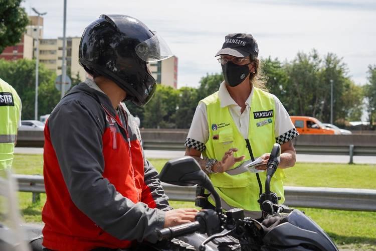Continúa el control de motos y vehículos en Vicente López