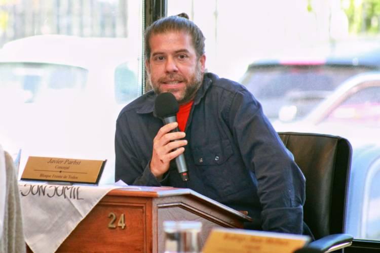 Javier Parbst cruzó a Cernadas por la suspensión de sesiones en el HCD de Tigre