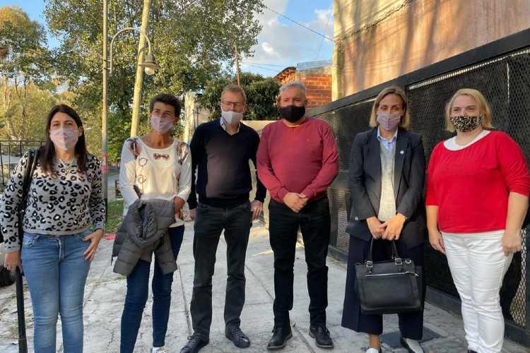 Florencia Arietto recorrió San Fernando junto a dirigentes locales de JxC