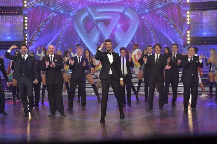 Tinelli volvió a la televisión con ShowMatch a la pantalla del 13