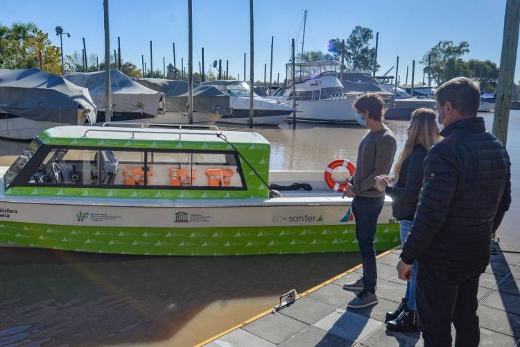 Juan Andreotti presentó una nueva lancha para asistir a los vecinos del Delta