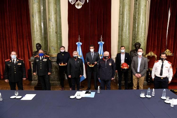 Diputados aprueba el proyecto que protege a bomberos de todo el país