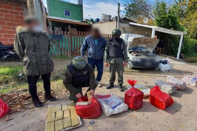 Desarticulan una organización dedicada al narcotráfico y decomisó más de 340 kilos de marihuana en Pilar