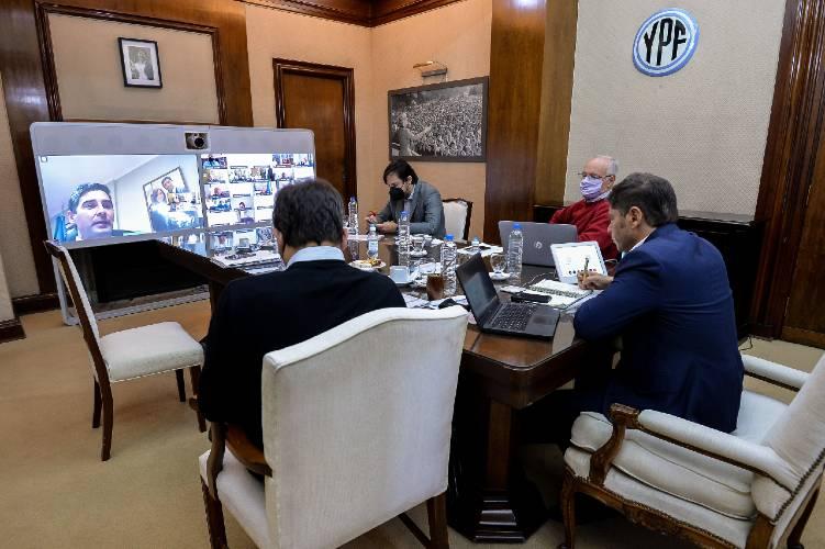 Kicillof se reunió con intendentes de toda la Provincia