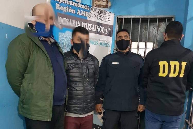 Dos detenidos tras robo, persecución y choque en Ituzaingó