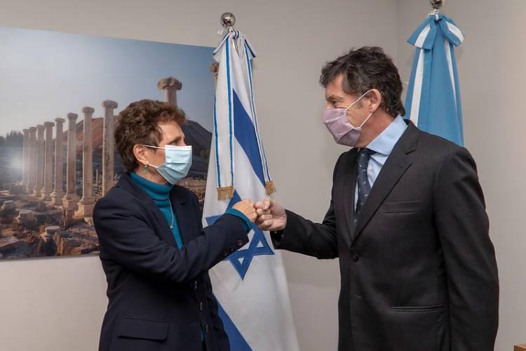 Gustavo Posse se reunió con la embajadora de Israel por tratamientos y vacuna contra el Covid-19