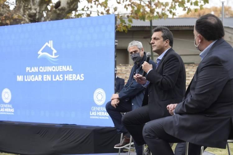 """Sergio Massa: """"Cuando hay un Estado que protege, podemos crecer"""""""