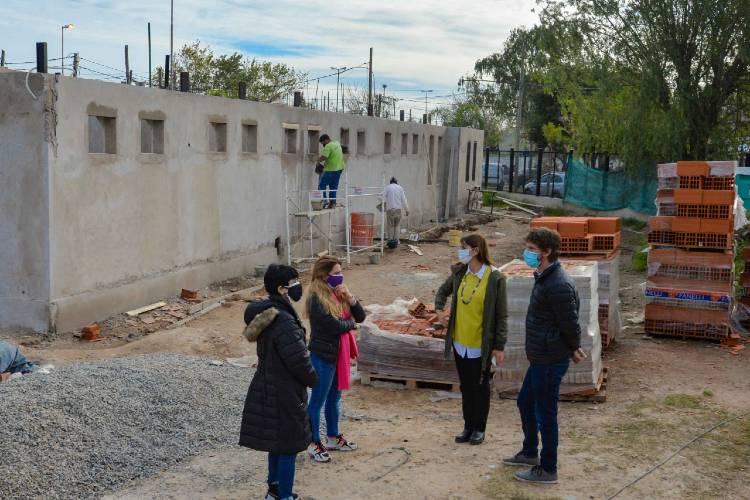 Juan Andreotti recorrió el avance de obra de la segunda Escuela de Oficios de San Fernando