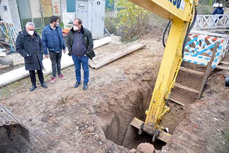 El intendente Julio Zamora supervisó los trabajos desarrollados por el gobierno local y la empresa AySA