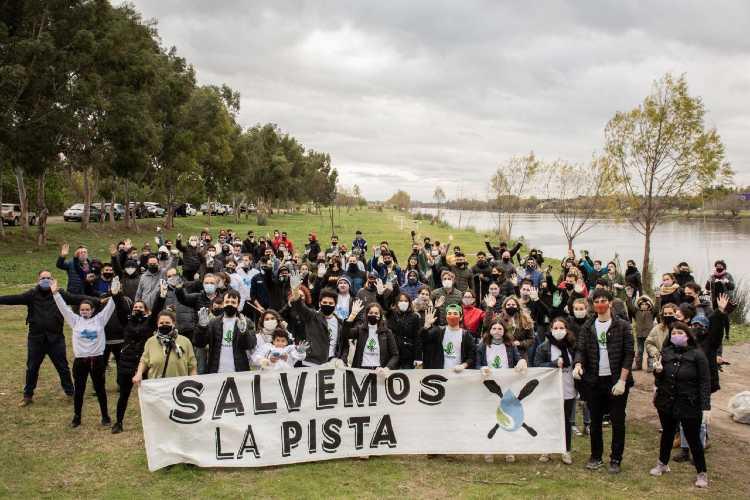 Prosperar y otras ONG ambientales realizaron jornada de Limpieza en la Pista Nacional de Remo en Tigre