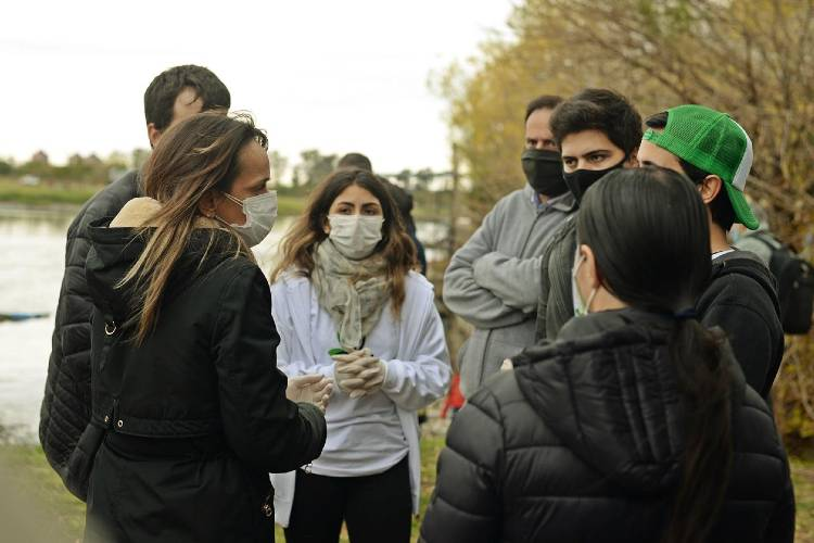 jornada de Limpieza en la Pista Nacional de Remo en Tigre