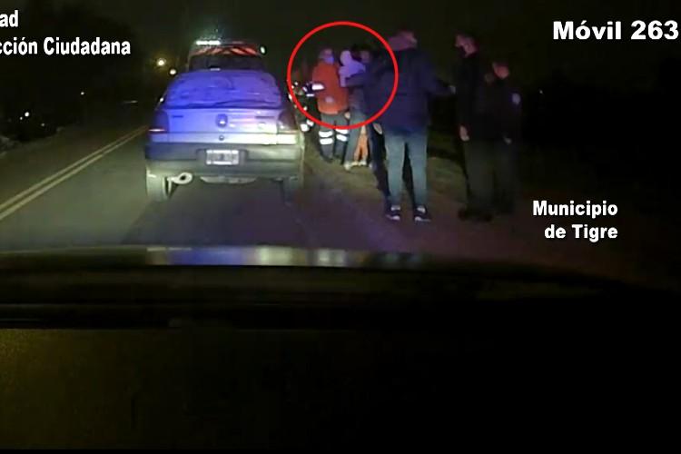 Tigre: Una mujer que se arrojó con su hijo de un auto para escapar de su agresor