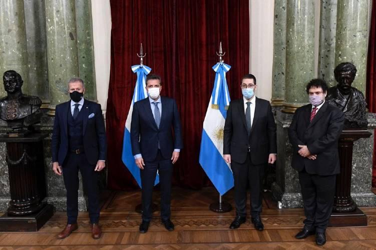 Sergio Massa recibió a entidades judías para anunciar el Congreso Latinoamericano contra el Terrorismo