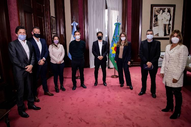 Kicillof se reunió con representantes de cámaras empresariales bonaerenses