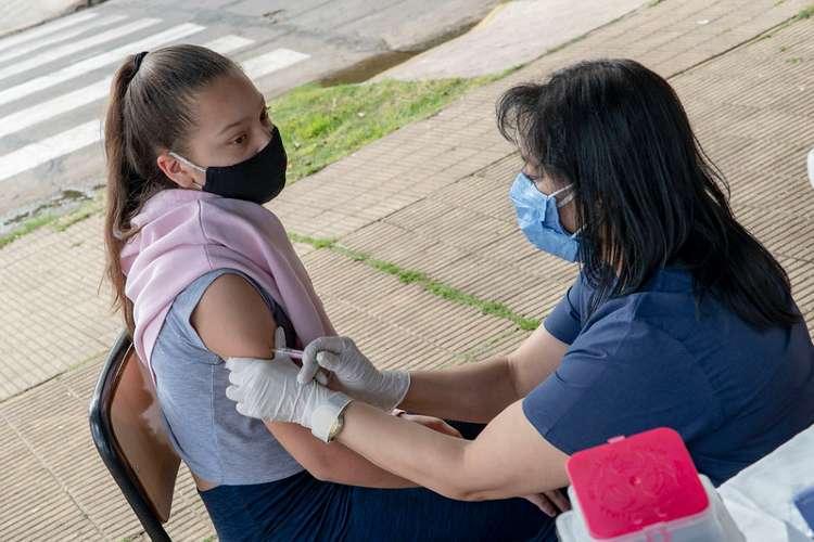 San Isidro: vacunación antigripal en la vía pública.