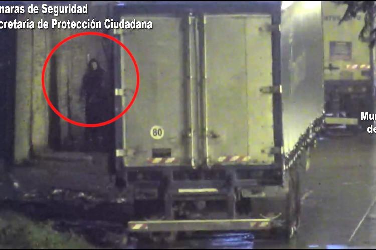 Cámaras de Seguridad: Quisieron robar un camión en Tigre el COT los interceptó a tiempo
