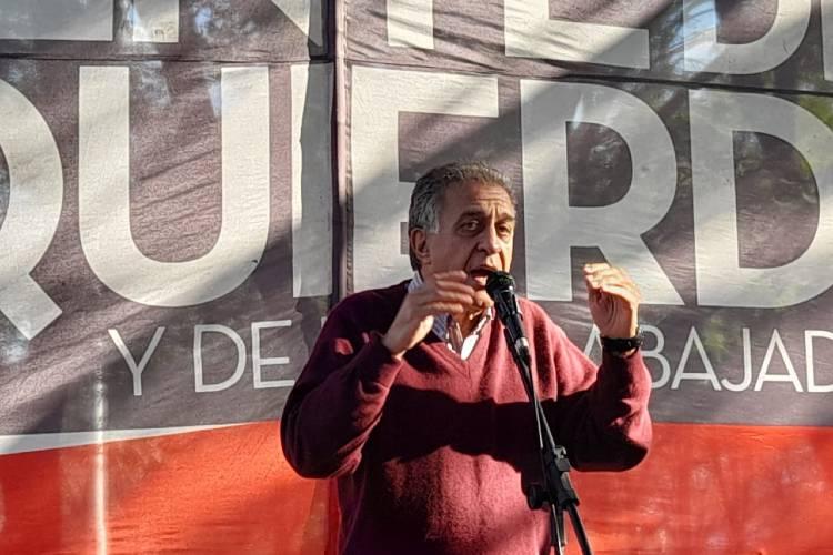 Néstor Pitrola Criticó al gobierno durante su visita a Vicente López