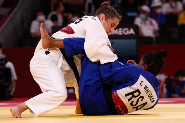 Pareto pierde ante la japonesa Tonaki y se lesiona el codo izquierdo