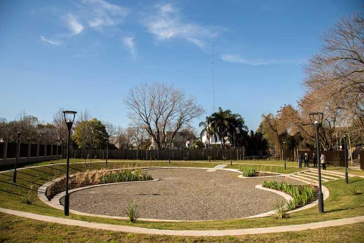 San Isidro inauguró Beccar una nueva plaza que funciona como reservorio