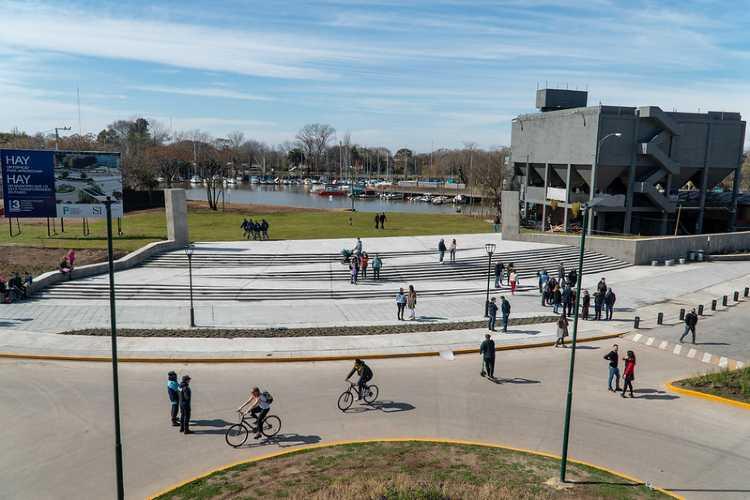 San Isidro inauguró el acceso principal del Parque Público del Puerto