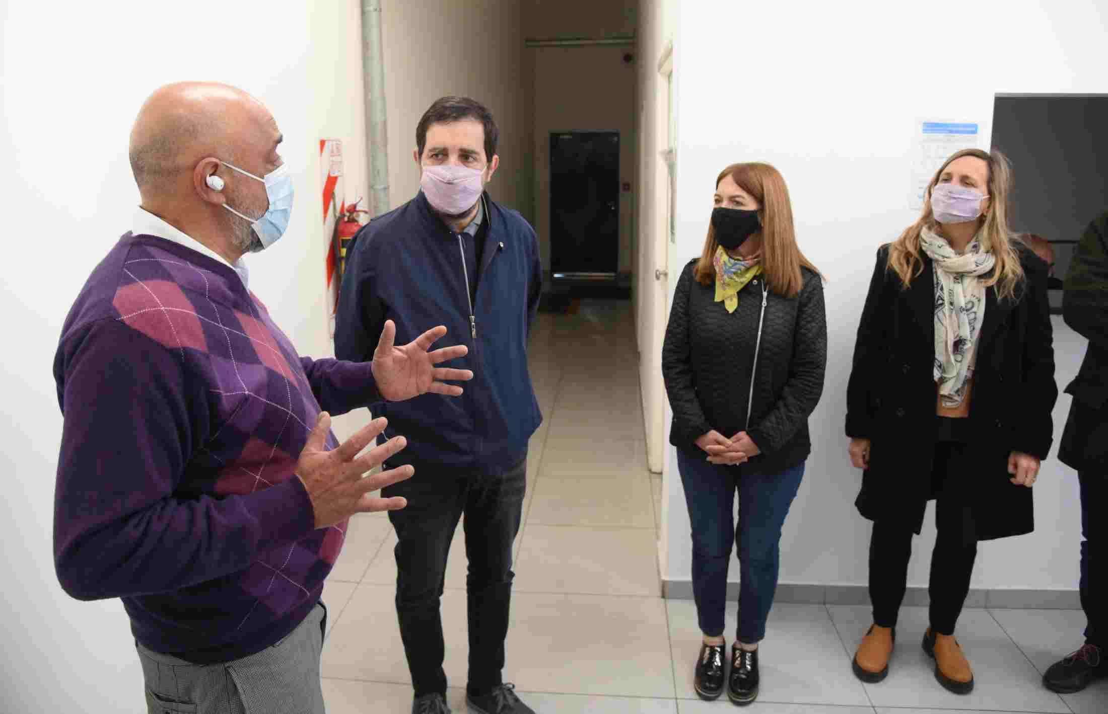 Fernando Moreira recorrió el Parque Industrial Suárez y se reunió con empresarios