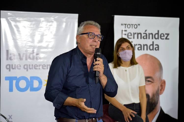 """Julio Zamora: """"El Frente de Todos tiene el compromiso de invertir en educación, en salud y generar empleo"""""""