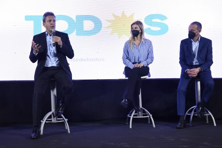 """Sergio Massa: """"En estas elecciones, se debate si queremos un modelo de país productivo o uno de especulación financiera"""""""