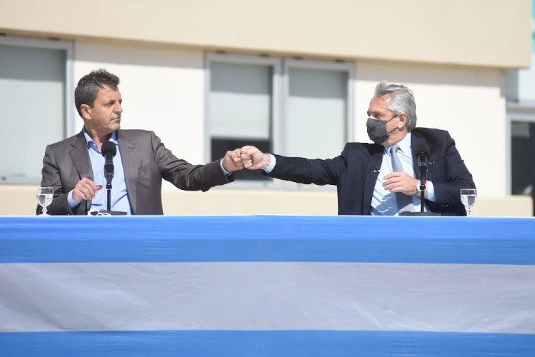 """Sergio Massa: """"Macri llama a la destitución del gobierno, nosotros convocamos a la oposición a una mesa de diálogo"""""""
