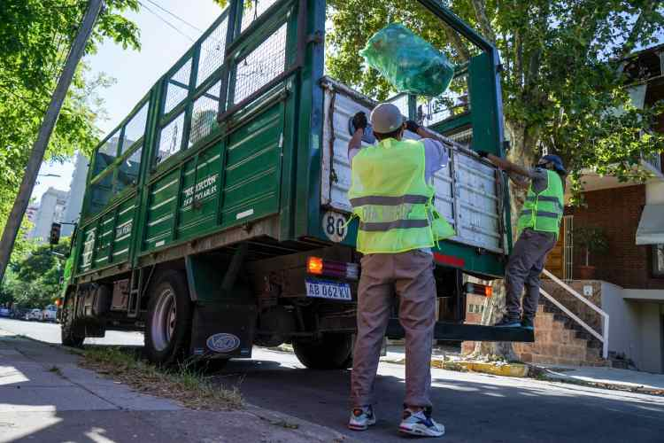 Vicente López continúa con el programa de Residuos Especiales Domiciliarios