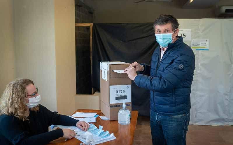 """Posse votó en San Isidro: """"El voto siempre es una oportunidad y un derecho"""""""