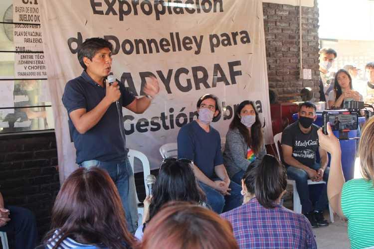 Del Caño y Vilca mantuvieron un encuentro con militantes de Frente de Izquierda en Garín