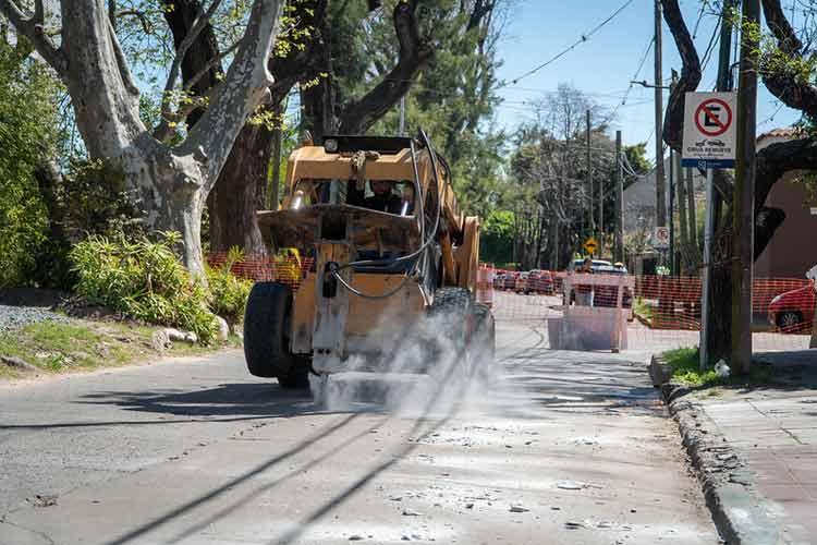 San Isidro repavimenta la calle Rivadavia en Beccar
