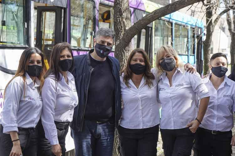 Vicente López cuenta con una línea de colectivos manejado solo por mujeres - Transporte del Bicentenatio