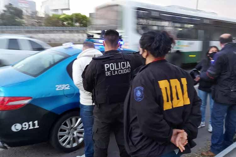 """Fue detenido por cobrar 38 mil dólares en un """"secuestro virtual"""" en San Isidro"""