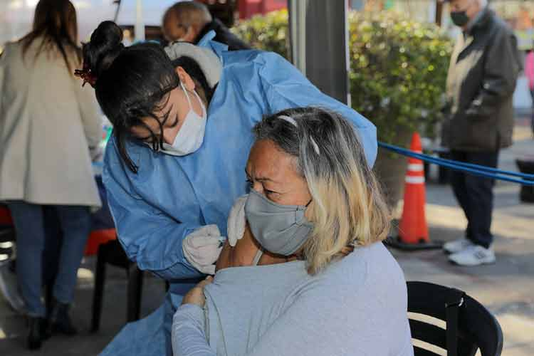 En San Isidro el 96% de la población objetivo ya se aplicó la vacuna contra el Covid-19