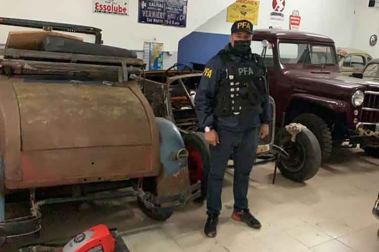 Seis detenidos por falsificar documentación de autos antiguos