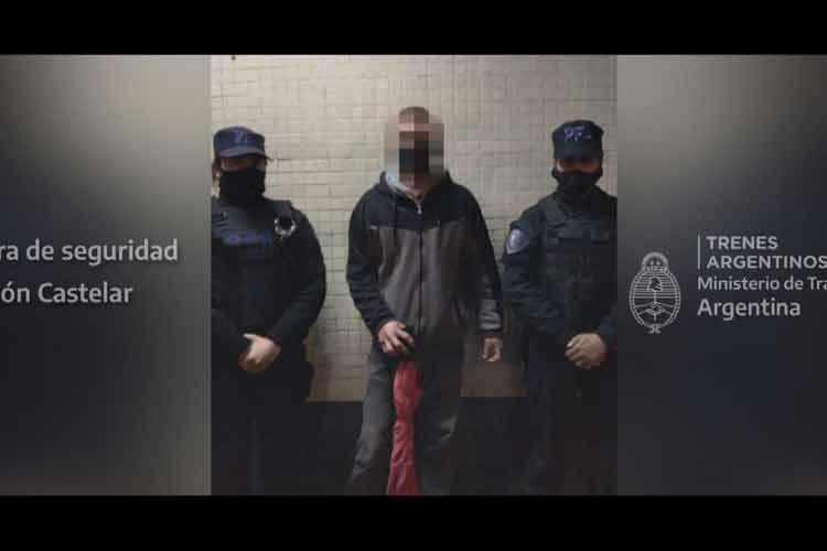 Fue detenido en el tren tras robar en cercanías de la estación Morón
