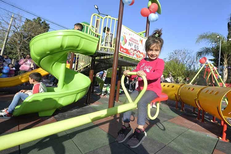 Tigre inauguró en Las Tunas la remodelación integral de la Plaza de la Familia