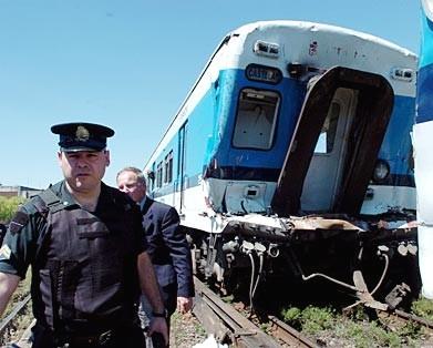 Choque de trenes en merlo - El sarmiento anda Castelar Once